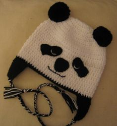 adorable face on this children s panda hat (3-10 years, approx)