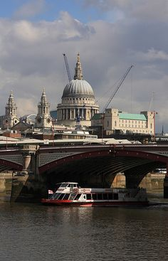Along the River Thames by Gail Johnson, via Flickr