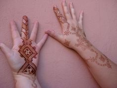 one of my top 3 favorite styles of henna design...Saharawi Henna