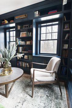 40 Popular Living Room Decor Ideas With Farmhouse Style ~ Gorgeous House Elegant Home Decor, Retro Home Decor, Elegant Homes, Home Office Design, Home Interior Design, Interior Decorating, Decorating Games, Decorating Websites, Zigarren Lounges