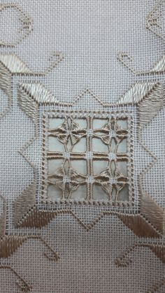 Wallpaper Nature Flowers, Hardanger Embroidery, Bargello, Needlework, Diy And Crafts, Couture, Quilts, Christmas Ornaments, Canvas