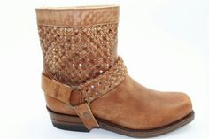 Love this sendra boots !