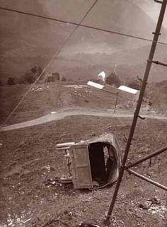 WW1, Italy. Crashed truck.  Autocarro rovesciatosi fuori strada.