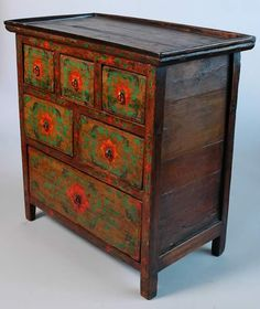 J.H.Terry Gallery - Fine Art and Furnishings - Home :: Furnishings :: Painted Chest 2