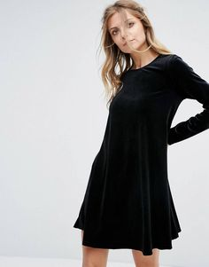 Discover the latest fashion & trends in menswear & womenswear at ASOS. Shop our collection of clothes, accessories, beauty & Latest Fashion Clothes, Latest Fashion Trends, Fashion Online, Asos Online Shopping, Online Shopping Clothes, Casual Dresses For Women, Clothes For Women, Swing Dress, Fit And Flare