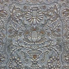 French Boutis quilt, Hélène Cavalière. Entrez dans l'univers du boutis avec Hubert Valeri