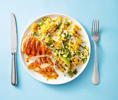 This grilled chicken with smoky corn salad is the ultimate summer weeknight meal. Healthy Chicken Dinner, Easy Chicken Dinner Recipes, Easy Healthy Dinners, Healthy Dinner Recipes, Savoury Recipes, Easy Dinners, Quick Recipes, Diabetic Recipes, Corn Salad Recipes