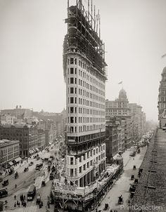 When it was completed in 1902, it became one of the tallest buildings in the city and the only skyscraper north of 14th Street.