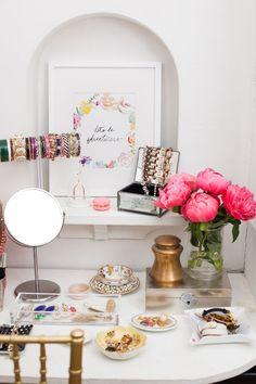Alaina Kaczmarski's Lincoln Park Apartment Tour #theeverygirl