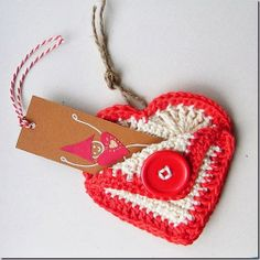 Homemade Valentines, Valentine Day Gifts, Crochet Embellishments, Knitted Heart, Heart Garland, All Things Cute, Crochet Earrings, Crochet Patterns, Christmas Ornaments