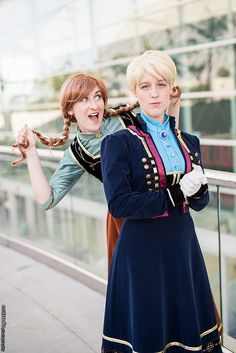Frozen Cosplay - #SDCC San Diego Comic Con 2014