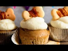 Cupcakes For Dogs Recipe, Dog Cupcakes, Butter Cupcakes, Bailey Cupcakes, Icing Recipe, Frosting Recipes, Buttercream Frosting, Cupcake Recipes, Homemade Dog Treats