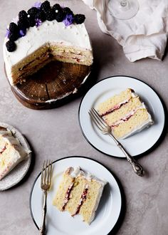 A soft vanilla cake layered with raspberry jam and vanilla CHAMPAGNE FROSTING. Let's get this party started. from @bromabakery