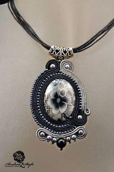 Z Style: Set soutache Shibori, Soutache Pendant, Soutache Necklace, Handmade Necklaces, Handmade Jewelry, Soutache Tutorial, Jewelry Accessories, Jewelry Design, Polymer Clay Charms