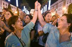 Absueltas las dos marroquíes detenidas por llevar minifalda La Información, 2015-07-13 http://noticias.lainformacion.com/policia-y-justicia/justicia-y-derechos/absueltas-las-dos-marroquies-detenidas-por-llevar-minifalda_oti09ndEoaJ2Vpdgj3Ok67/