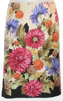 """Talbots Silk Floral Skirt. This Talbots Silk Floral Skirt was voted """"Most Flattering Fit"""" by Tradesy members! Get it before it's gone at Tradesy, where savings rule."""