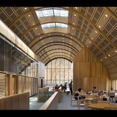 "<b>Project:</b> Kroon Hall, Yale University<p></p><b>Location:</b> New Haven, Connecticut<p></p><b>View:</b> Interior<p></p><b>Architect:</b> <a href=""http://www.hopkins.co.uk/"">Hopkins Architects</a> and <a href=""http://www.centerbrook.com/"">Centerbrook"