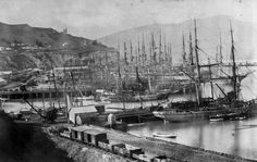 Rows of ships berthed at Lyttelton harbour circa This photograph must have been taken after 1876 as the Timeball (in the distance, left. Nz History, Christchurch New Zealand, New Zealand Houses, New Zealand South Island, Herzog, Sail Away, Auckland, Pretty Pictures, Sailing Ships