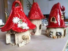 Weihnachtszeit - List of the most creative DIY and Crafts Clay Houses, Ceramic Houses, Ceramic Clay, Clay Projects, Clay Crafts, Projects For Kids, Arts And Crafts, Pottery Houses, Pottery Art