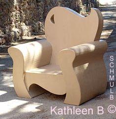 Le fauteuil en carton de Kathleen