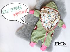 100 free sewing patterns for babies and toddlers - kostenlose Schnittmuster für Babys und Kleinkinder – Frau Scheiner Sewing instructions Lybstes: Sew suit, jumpsuit lined with lining. Outdoor suit with lining - Baby Clothes Patterns, Baby Knitting Patterns, Sewing Patterns Free, Free Sewing, Clothing Patterns, Sewing Ideas, Knitting Blogs, Knitting For Kids, Sewing For Kids