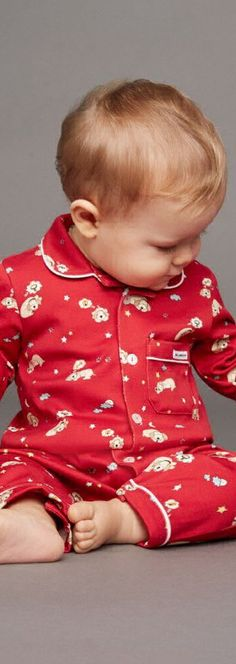 SALE !!! DOLCE & GABBANA Boys Red Mimmo Designer Luxury Babygrow. Adorable Holiday Outfit for Baby Designed by the Famous D&G Fashion House. Love the Cute Mimmo the Dog Print Named after the Designer's Own Dog...On Sale Now!  #kidsfashion #baby #dog #dolcegabbana #baby #fashion #cute #sale