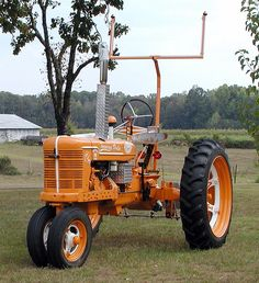 Tennessee Vols Tractor----seems like a reasonable thing to do to a tractor, I think. Tennessee Volunteers Football, Ut Football, Tennessee Football, Best Football Team, Tennessee Knoxville, Vol Nation, Tn Vols, Tennessee Girls, Orange Country