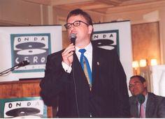 Javier Gurruchaga cantando en Onda Cero