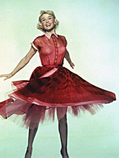 Shirtdress inspiration: Doris Day She reminds me of my mom, especially her eyes.  Guess that's why I love her.