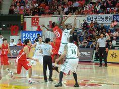 Busan KT Sonicboom vs Wonju Dongbu Promy Basketball - Korean KBL