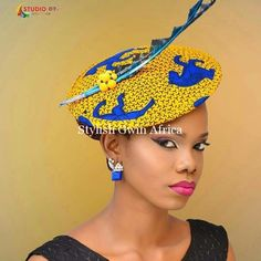 Every woman should have Ankara Style Fascinators or accessories. Using Ankara accessories is like an instant ticket to edgy glam if you know how to work it right. Let's show you to don Style Fascinators here. Fascinator Hairstyles, Fascinator Hats, Hair Fascinators, Hat Hairstyles, African Hats, African Attire, African Inspired Fashion, African Print Fashion, African Print Dresses