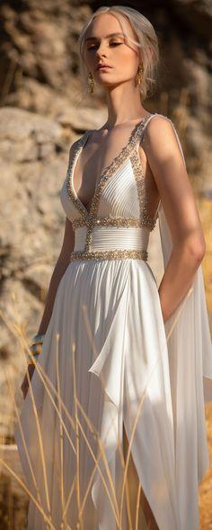Elie Saab Couture, Haute Couture Gowns, Style Couture, Haute Couture Fashion, Ellie Saab, Gareth Pugh, Tadashi Shoji, Donna Karan, Betsey Johnson
