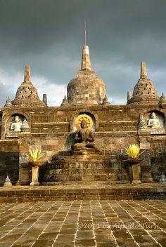 kuta buddhist singles The retreat bali voted one of four best detox retreats by uk daily telegraph travel.