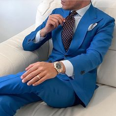 men suits prom -- Click visit link above for more info Mens Fashion Suits, Mens Suits, Design Bleu, La Mode Masculine, Formal Suits, Suit And Tie, Well Dressed Men, Gentleman Style, Coat Dress