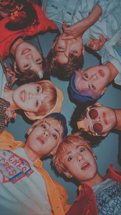 I loove suga ,v,jimin,❤❤ Namjoon, Bts Taehyung, Bts Bangtan Boy, Bts Jimin, Foto Bts, Admirateur Secret, Kpop, Bts Group Photos, Bts Group Picture