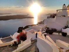 #trip #greece #places  Greece Santorini  In Our Blog much more Information   #travelling #feriasgrecia Santorini Sunset, Santorini Greece, Vacation Destinations, Dream Vacations, Greece Food, Greece Travel, Travel Tips, Blog, Europe