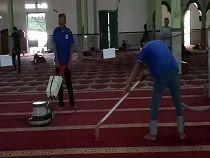 Jasa cuci karpet masjid di jakarta 08118277272 dgn Wangi Al hajar Aswad Jakarta