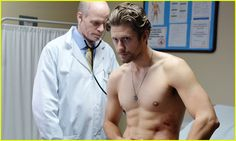 Graceland's Aaron Tveit Talks Mike's Visions, Addiction Issues ...
