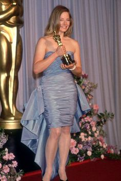 """Jodie Foster 1988 Oscar   Jodie Foster, """"The Accused"""" (Best Actress, 1988)"""