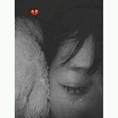 Crying Aesthetic, Bad Girl Aesthetic, Ulzzang Korean Girl, Cute Korean Girl, Sad Girl Photography, Cigarette Aesthetic, Crying Girl, Cute Girl Face, Sad Wallpaper