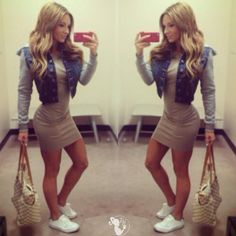Paige Hathaway - 82 Amazing Pictures Of This Sculpted Fitness Model! [Gallery]
