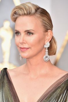 Best Jewelry From the Oscars Red Carpet 2017 – Earrings, Necklaces, and More Jewelry From Academy Award