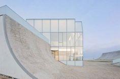 Museum für Meereskunde und Surfgeschichte in Biarritz - Glas - Kultur - baunetzwissen.de
