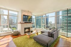 Downtown - $869,000