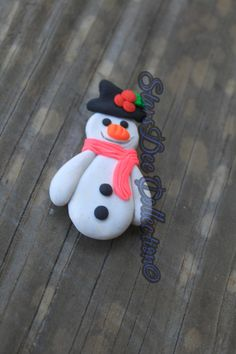Snow man Magnet  Christmas Present  Polymer by StarsDeeCollection