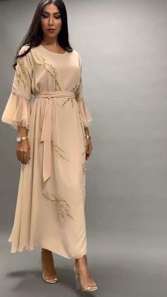 Hijab Fashion Summer, Abaya Fashion, Muslim Fashion, Modest Fashion, Fashion Dresses, Classy Outfits, Beautiful Outfits, Hijab Style, Boho Kimono