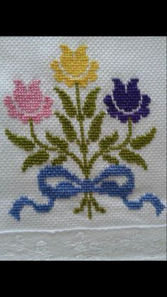 This Pin was discovered by Sab Kawaii Cross Stitch, Tiny Cross Stitch, Cross Stitch Kitchen, Cross Stitch Borders, Cross Stitch Flowers, Cross Stitch Designs, Cross Stitching, Cross Stitch Embroidery, Embroidery Patterns