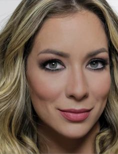 Dica de como aumentar os olhos com a maquiagem – tutorial da Helena Lunardelli