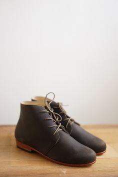 12 fantastiche immagini su Shoes nel 2017   Chukka boot