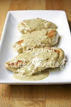 Tried this, used cooking wine instead of broth (it's what I had! H and I liked it, kids didn't. Chicken with Mustard Cream Sauce. (If youre doing the Adkins diet, this looks like a tasty meal paired with a salad (no carbs, of course) Food For Thought, Think Food, I Love Food, Good Food, Yummy Food, Tasty Meal, Mustard Cream Sauce, Honey Mustard, Dijon Cream Sauce
